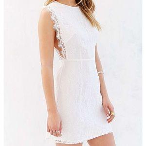 🌟HP🌟 Kimchi Blue Pinafore White Lace Mini Dress